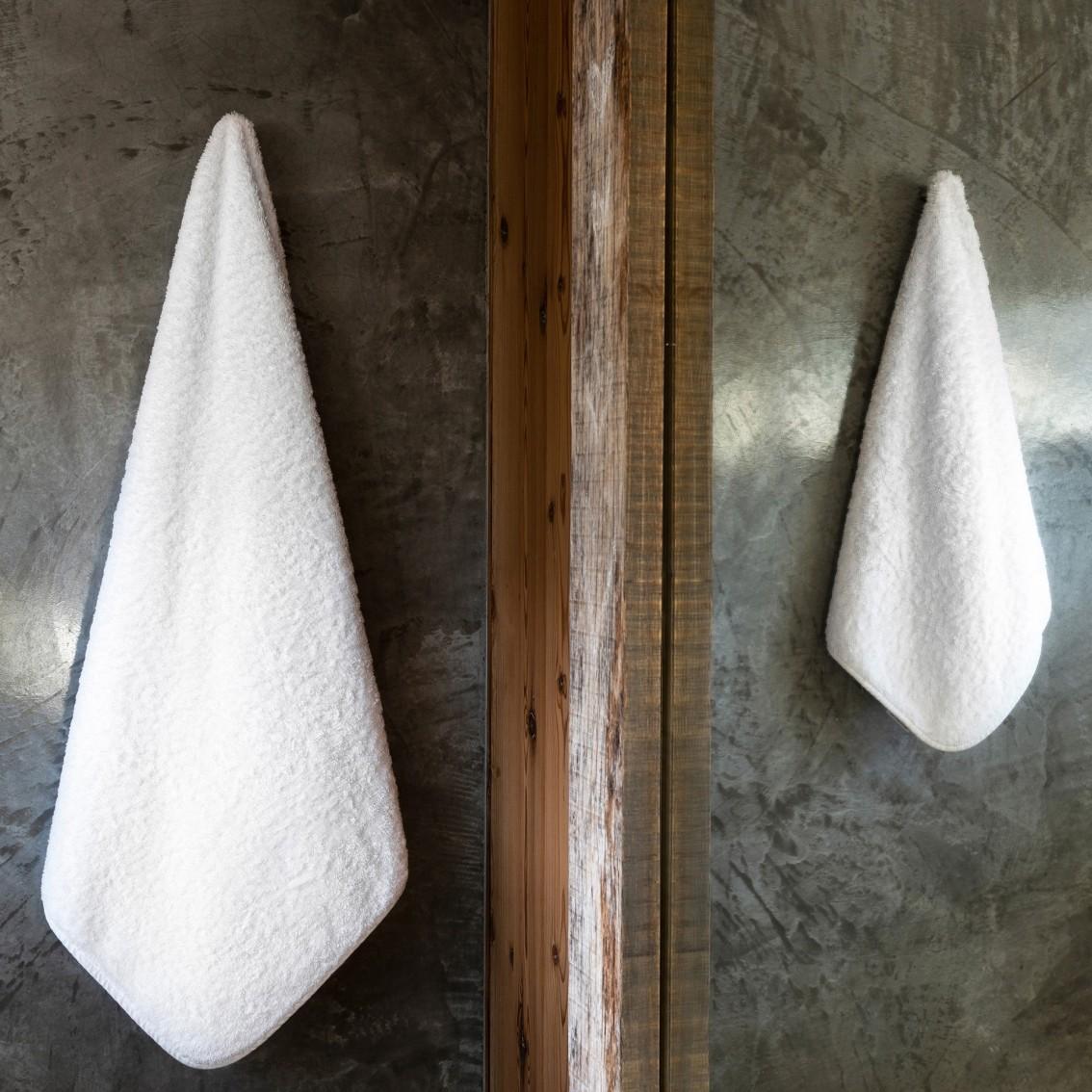 EGOIST CARE TOWELS